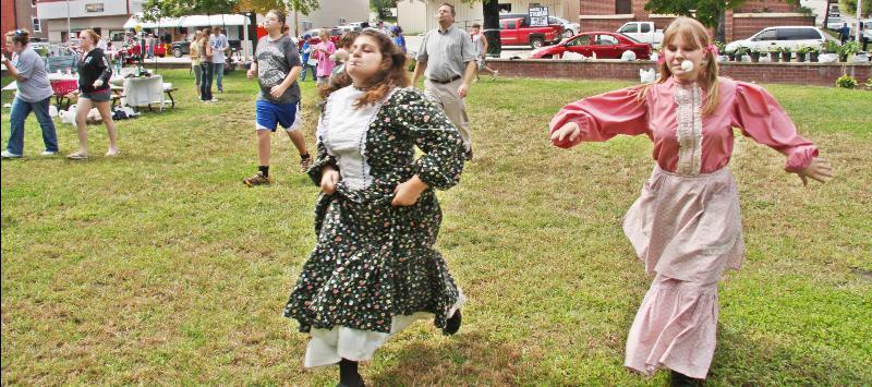 SC160_An Egg Race At Swanson Park_0813_Photo by Samuel E. Warren Jr. 0813_resized