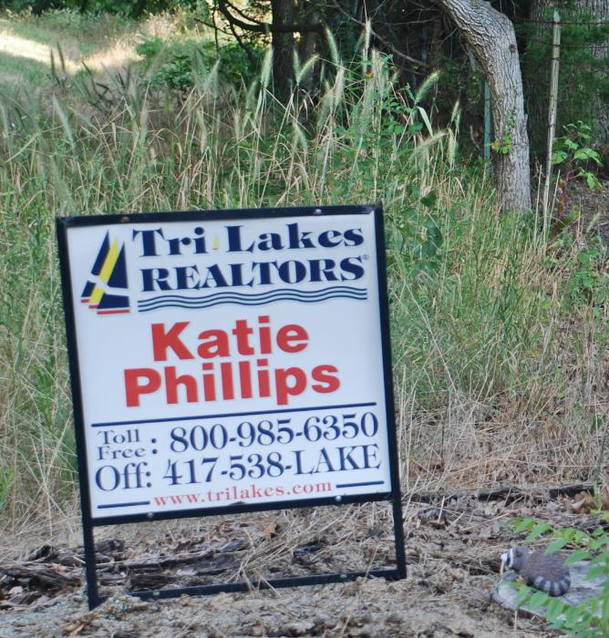 The Right Realtor Sign_sized for Internet