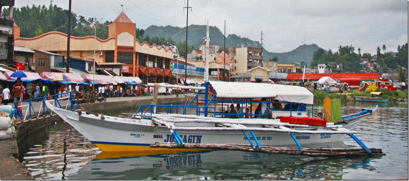 A LANTSA BOAT IN PEDRO BAY AT TACLOBAN CITY LEYTE PHILIPPINES_8121