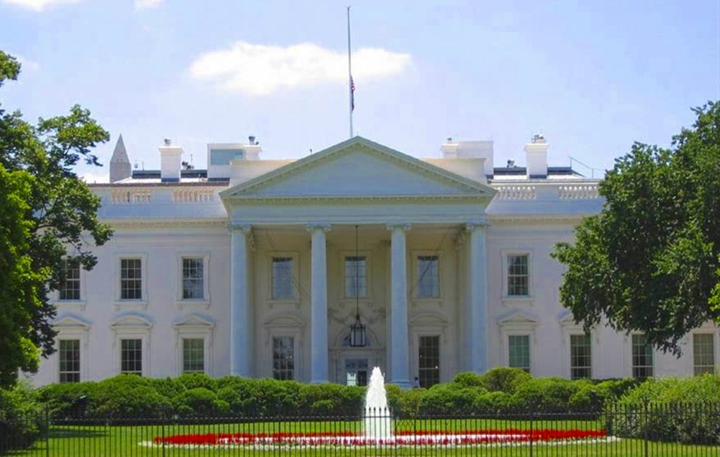 Official Photo of the White_House_North_Portico_Photo in the Public Domain